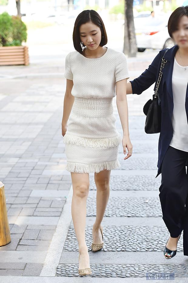 [포토] 김고은, '니트 원피스에 돋보이는 명품 몸매'