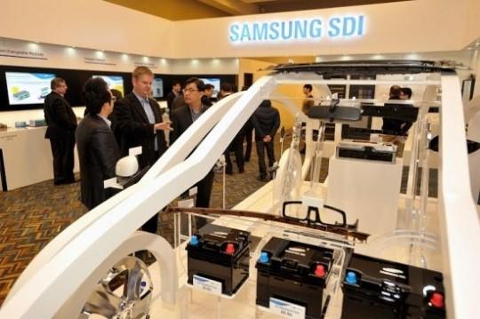 지난 1월 삼성SDI가 미국 디트로이트모터쇼에서 전기차 배터리와 자동차내외장재를 전시했다. <한경DB>
