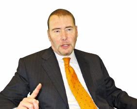 """[해외 특별 인터뷰] 제프리 군드라흐 더블라인캐피털 CEO """"지난 7년 미국 제로금리, 앞으로 7년 더 가지말란 법 없다"""""""