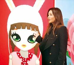오는 13일부터 서울 소격동 학고재갤러리에서 개인전을 여는 팝아티스트 마리 킴.
