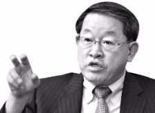 ['수출 한파' 극복한 중견기업] '수출효자' 중견기업 성장 가로막는 '판로·차별·법령 규제'