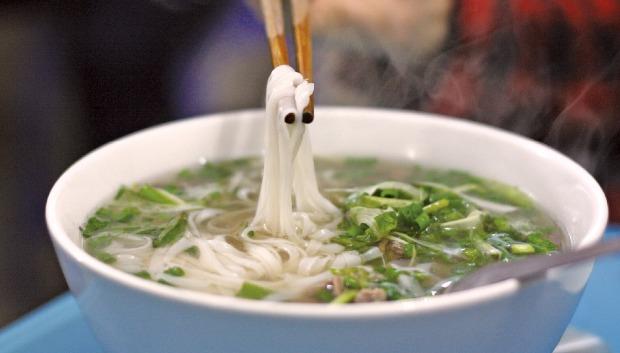 베트남 대표 음식으로 자리잡은 퍼(pho)