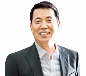 """[1사1병영] """"군생활서 솔선수범 '리더의 자질' 배워"""""""