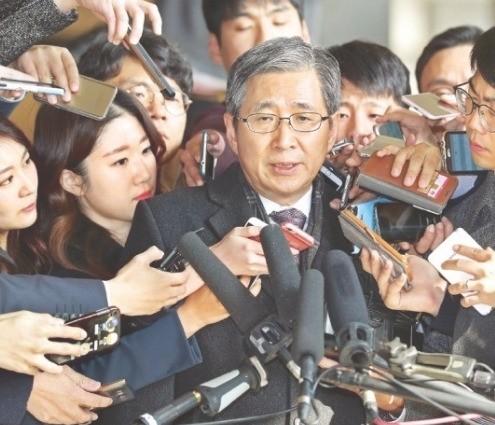 지난달 조원동 전 청와대 경제수석이 검찰에 출석하는 모습. (사진=한경DB)