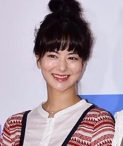 러브홀릭 이재학♥日배우 리에, 임신+1월 결혼 '겹경사'