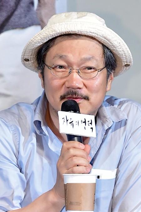 홍상수 감독, 이혼조정 실패…결국 이혼 소송 돌입