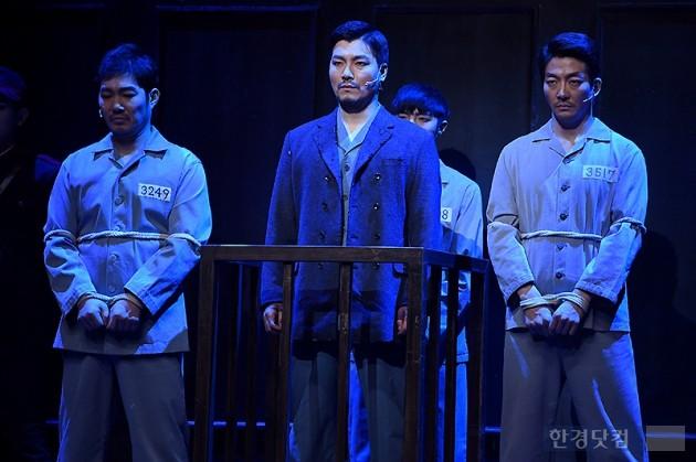 [HEI포토] 양준모, '일본 법정에 선 안중근'