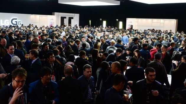 """[포토] """"난 누군가·여긴 어딘가""""…LG G6, 공개 행사장"""