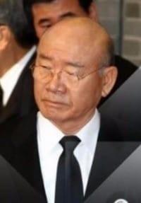 """""""5.18은 민주화운동 아닌 사태""""…전두환 회고록 논란 재점화"""