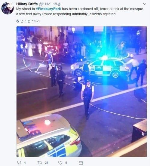 런던에서 또 차량 테러…예배 마친 이슬람 신자 향해 돌진