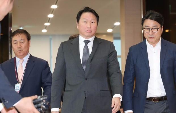 '최태원의 뒤집기'…SK하이닉스, 도시바메모리 인수전 일지