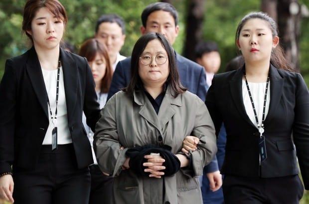 유섬나, 고모부 오갑렬 전 대사의 친구 변호인 선임