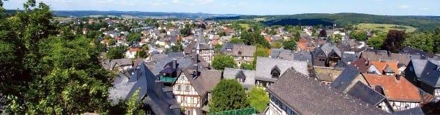 브라운펠스 성에서 내려다본 마을 풍경. 가족들이 투어하기 좋은 곳이다.