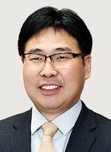 [편집국에서] 협치의 중요성을 일깨워 준 문재인 정부 두 달