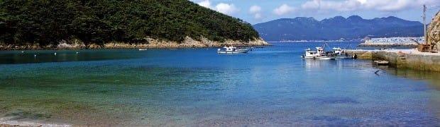 영산도는 입도객 수를 제한해 한적한 섬의 정취를 느낄 수 있다.