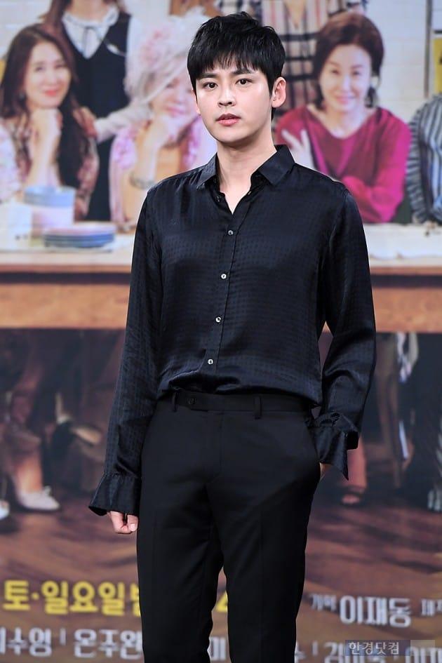 [포토] 김진우, '강렬한 눈빛 카리스마~'