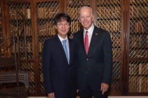 이상원 고려대 유전단백체연구센터장과 존 바이든 전 미국 부통령