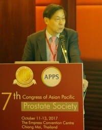 지난 12일 APPS에서 발표하는 이경섭 교수. 젬백스 제공