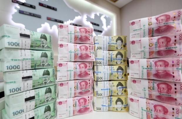 '사드갈등 넘어' 560억 달러 한중 통화스와프 연장 극적 타결