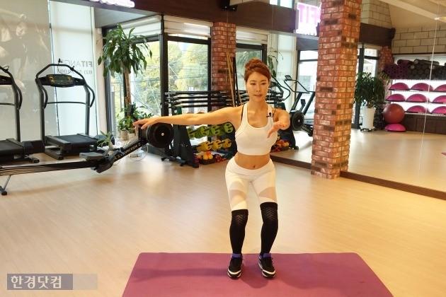 최고의 성형은 다이어트…박연수에게 배우는 강소라 몸매 따라잡기 운동