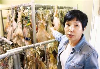 [한경·네이버 FARM] 돼지 뒷다리 잡고 10년…햄 명인의 '남원 하몽', 특급호텔 입맛도 잡았다