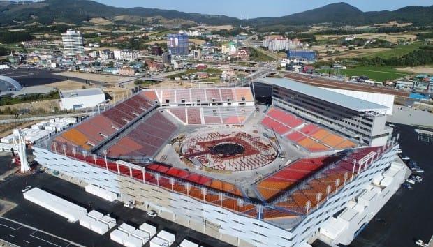 성화 봉송에 이어 올림픽 시설도 완공… '평창 준비 완료'