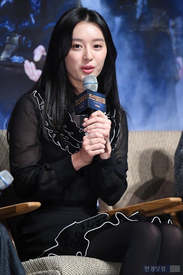 [포토] 김지원, '아름다운 모습에 눈길~'