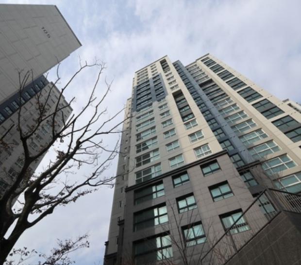 [얼마집] 서울 홍은동 대표 아파트로 떠오른 '북한산 더샵'