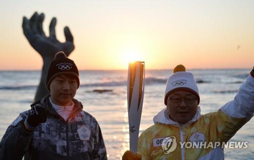 [평창 G-30] ⑨ 성화봉송도 착착…달아오르는 대회 열기