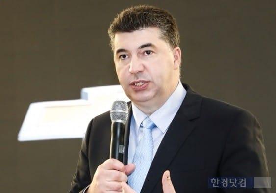 지난해 부임한 카허 카젬 한국GM 사장은 오는 7일 노동조합과 2018년 임단협 1차 교섭을 한다. (사진=한국GM)