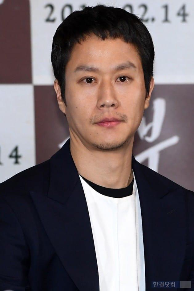 """[영상] '흥부' 정우, """"故 김주혁, 언제나 보고 싶고 그립다"""""""