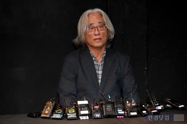 """[네티즌 말말말] '성추행 논란' 이윤택 연출가 사과…""""성범죄가 관행?"""" 와글와글"""