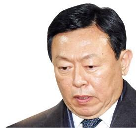 '신동빈의 빈자리'… 일본 롯데홀딩스와 관계 '빨간불'