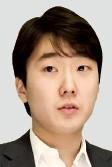 """북미 투어 앞둔 피아니스트 조성진 """"쇼팽을 좋아하지만 쇼팽만 치고 싶진 않아"""""""