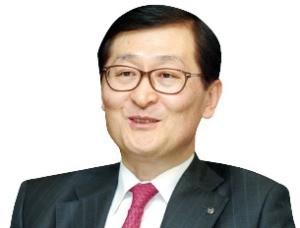 신한은행 야심작 '쏠'… 앱으로 '적금 선물'도 쏘네
