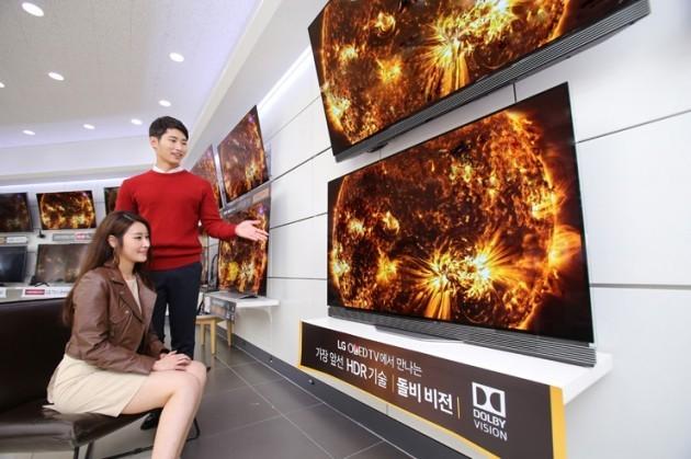 [이슈+] 가격 낮춘 '프리미엄 TV'…언제 사야할까