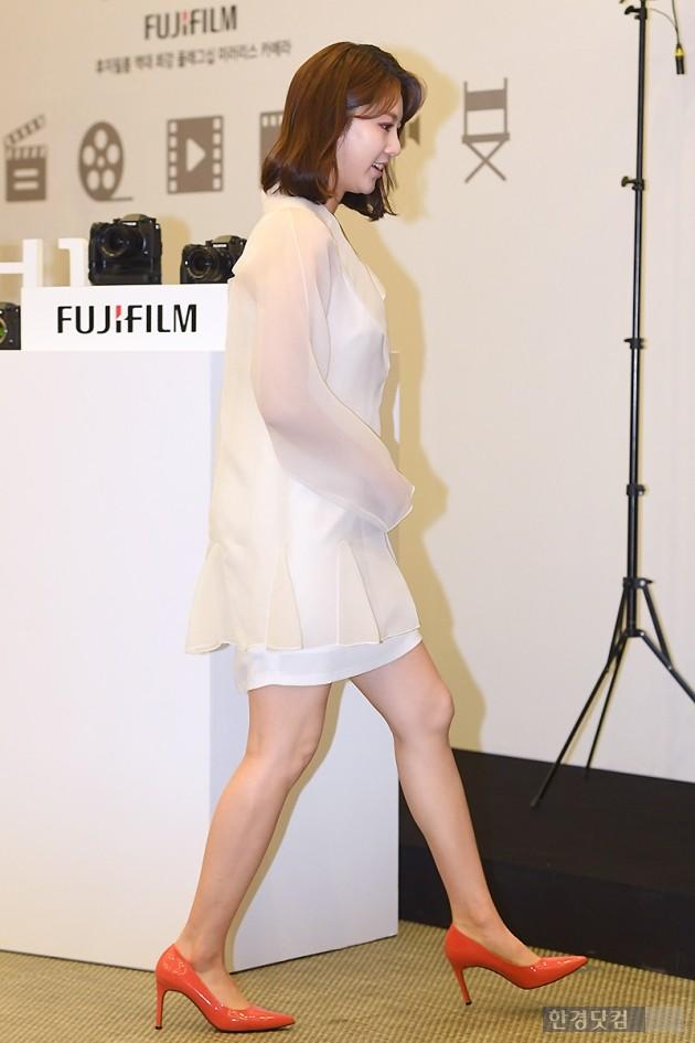 [포토] 공승연, '순백의 원피스 입고 화사하게~'