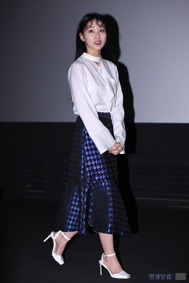 [포토] 하윤경, '많은 취재진에 토끼눈~'