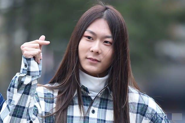 [포토] 장문복, '멋지게 손가락 하트~'