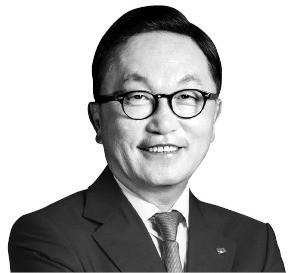 '글로벌 경영'에 힘 싣는 박현주 회장