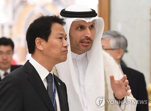 """임종석 """"대통령 UAE 방문 만족…우리 기업에 좋은 일 생길 것"""""""