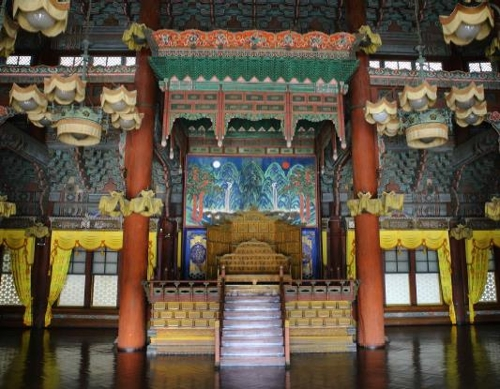 창덕궁 중심 건물 '인정전' 10월까지 내부 개방