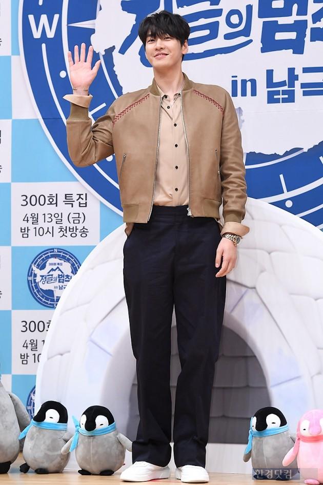 [포토] 김영광, '우월한 비율 뽐내며~'