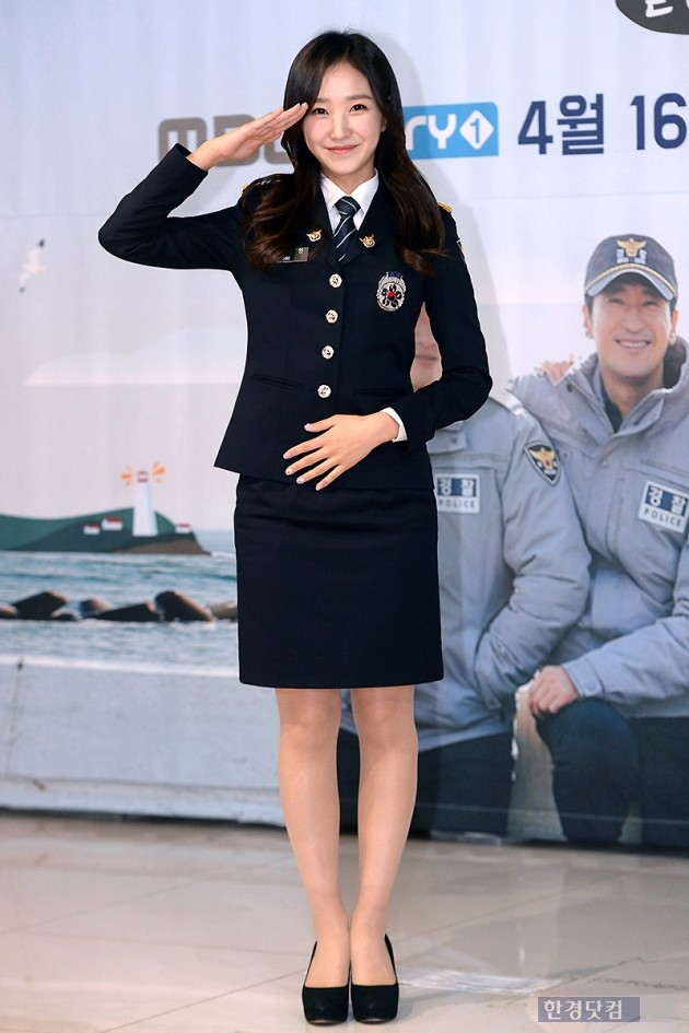 [포토] 장예인 아나운서, '경찰 제복 입고 멋지게~'