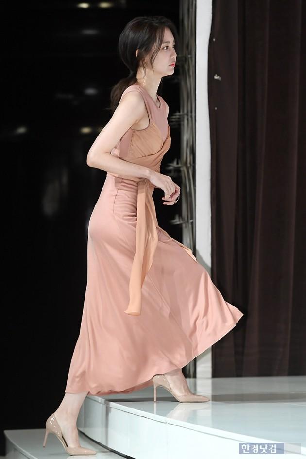 [포토] 신현빈, '아름다운 모습으로 등장~'