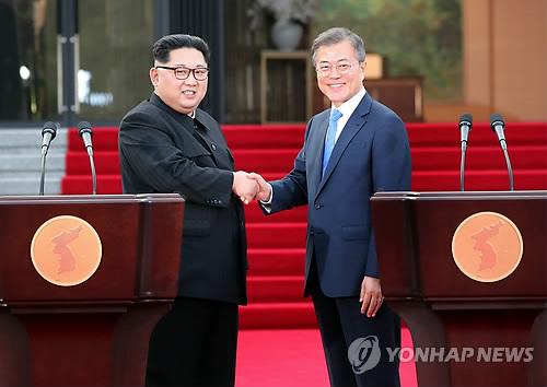 """김정은 """"종전·불가침 약속하면 왜 핵 갖고 어렵게 살겠나"""""""