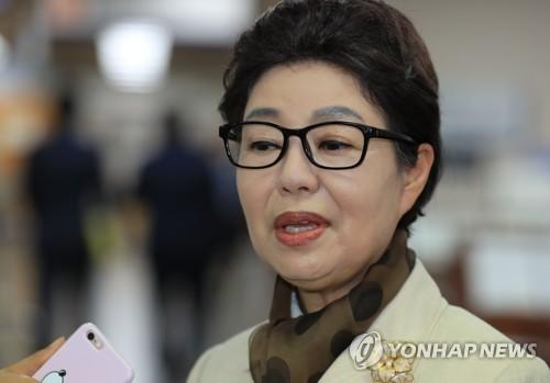 박근혜 항소 안 했지만 2심은 진행… 동생 근령씨·검찰 항소