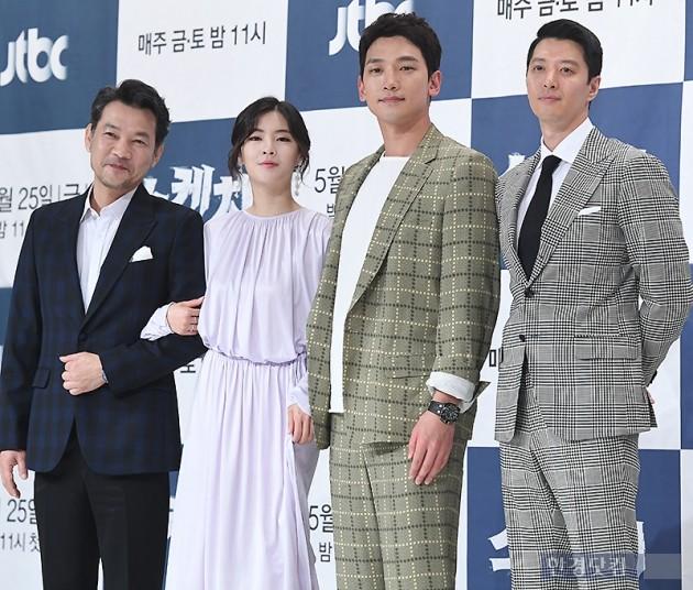 [포토] 정진영-이선빈-정지훈-이동건, '배우들 만으로 기대되는 작품'