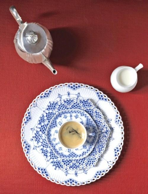 [명품의 향기] 243년 전통 덴마크 왕실 도자기, 대를 이어 전해주는 고품격 테이블웨어