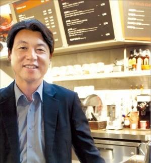 해외 농가서 생두 품질 꼼꼼히 확인… 2000~3000원대 중저가 커피로 승부